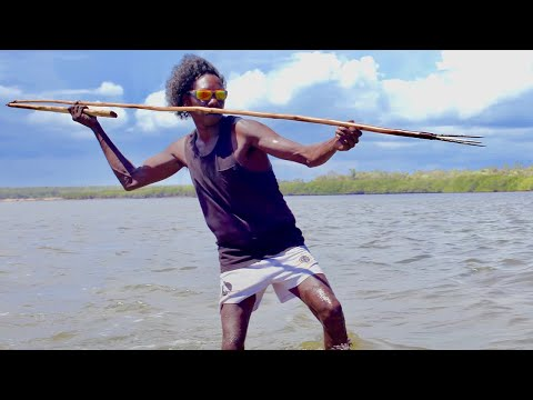 Is this the best spear fisherman in the world?   Fishing the Wild Ep.2