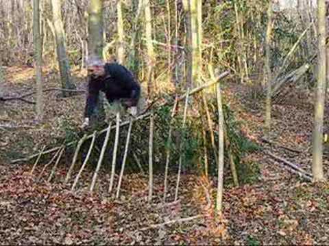 bushcraft survival debris shelter