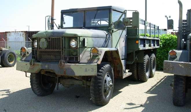 M35 2.5 ton cargo truck