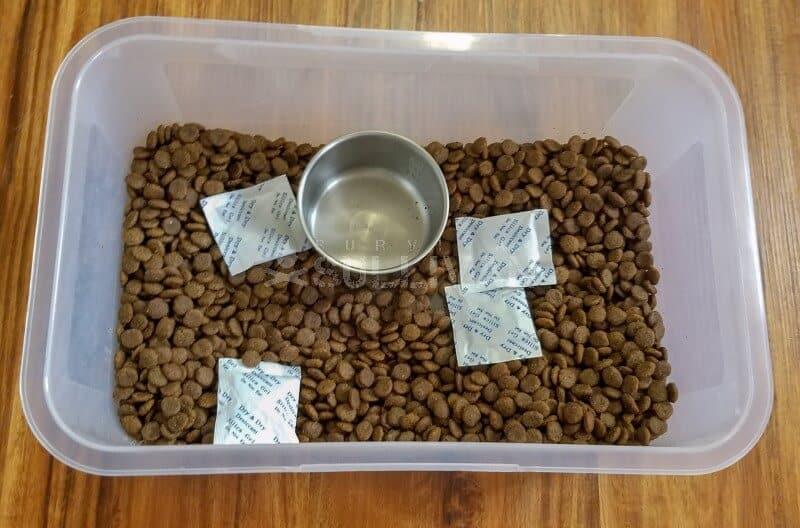 silica gel dog food