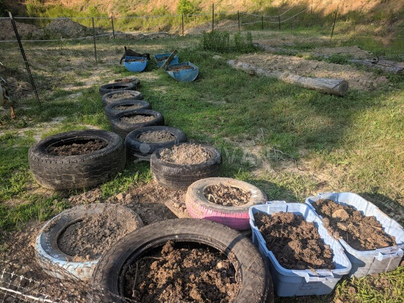 tires as planters and other upcycle growing tubs