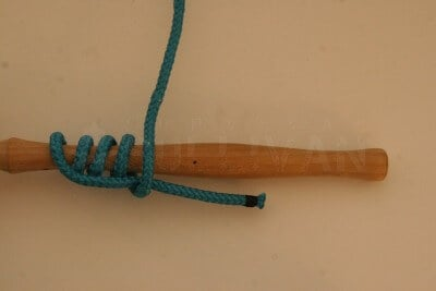 grip hitch knot step 6