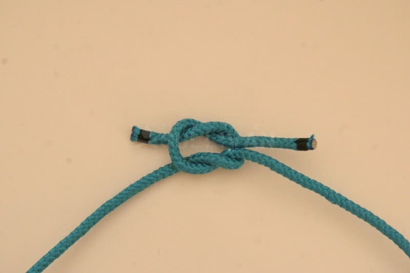 reef knot step 6