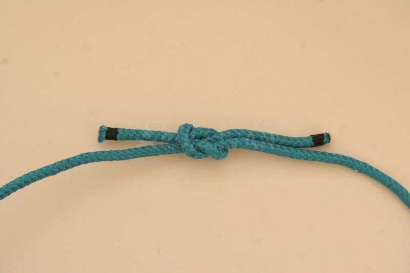 reef knot step 7