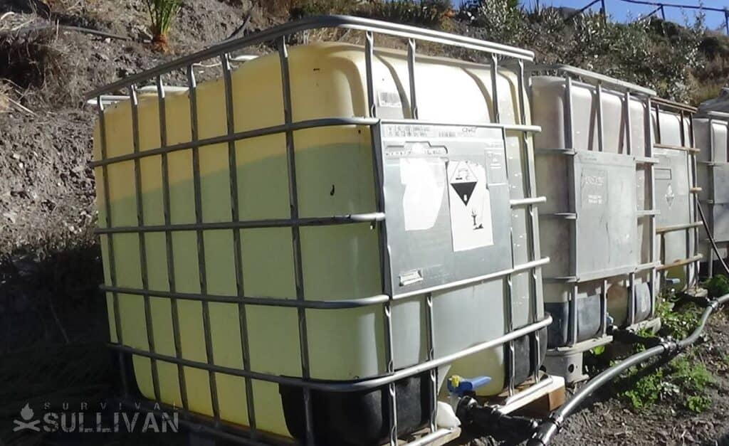 1000 liter water containers