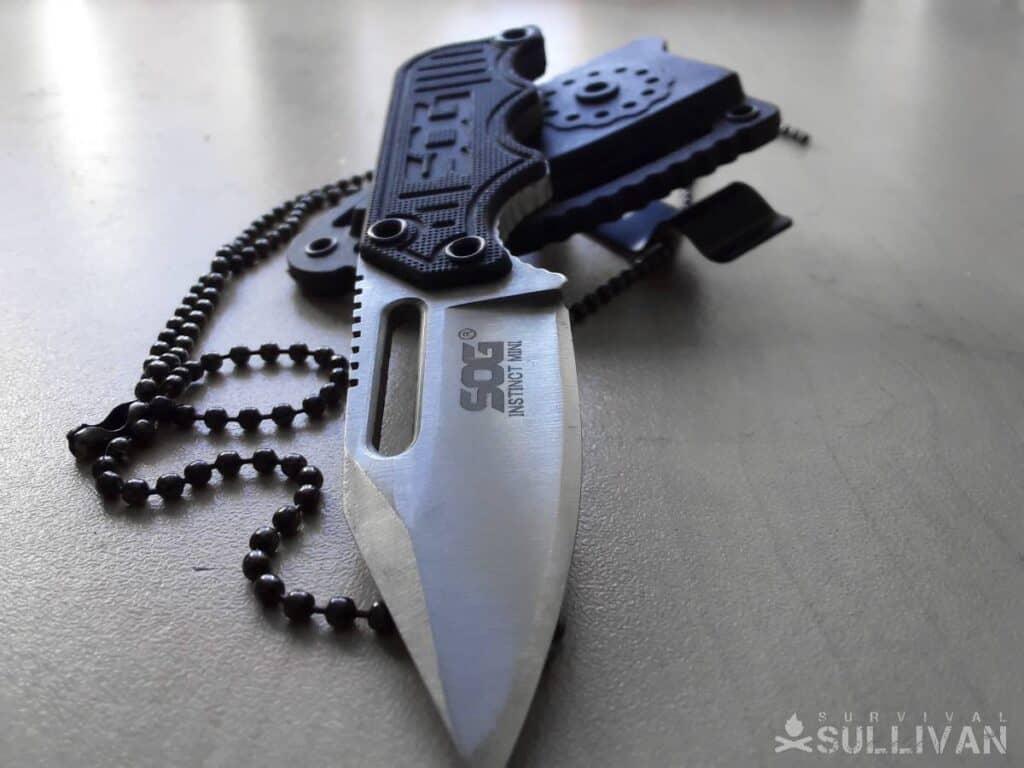 SOG instinct mini knife